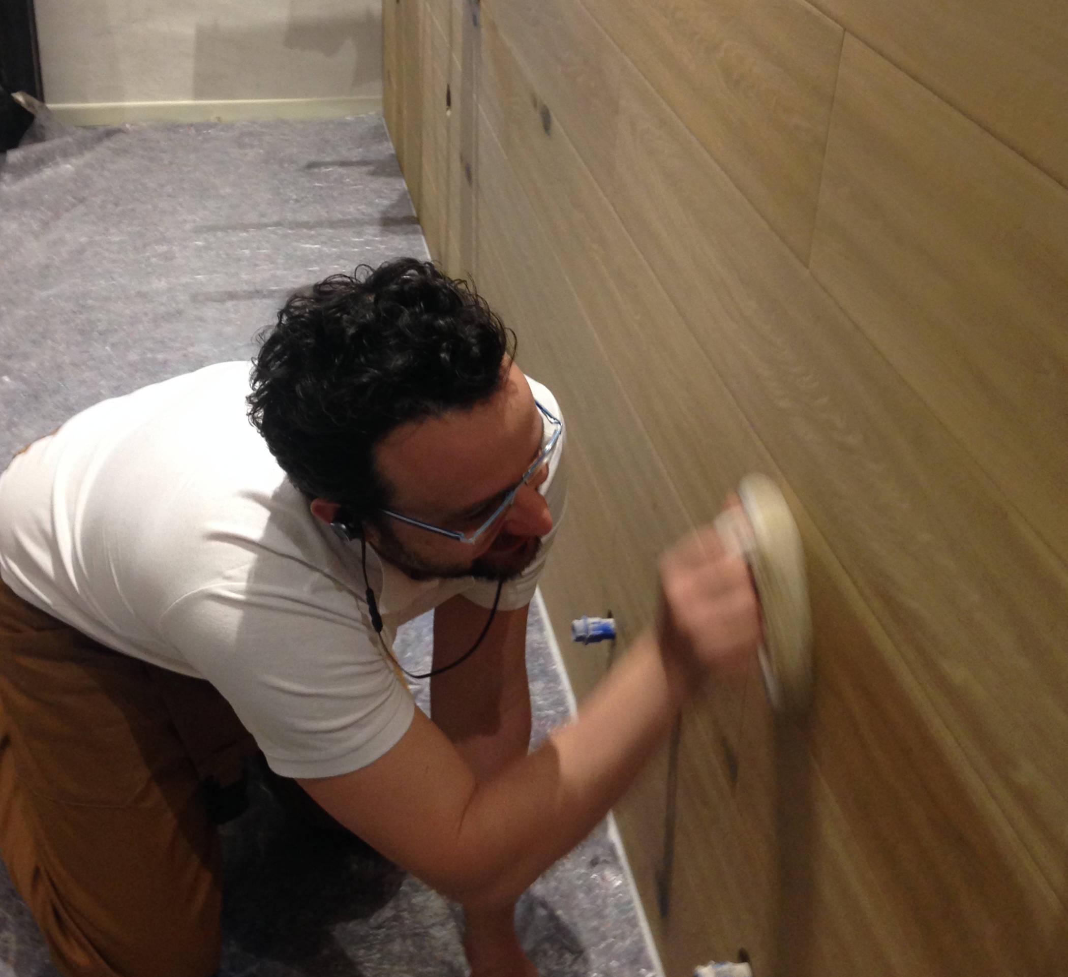 Ripristino di parete in legno